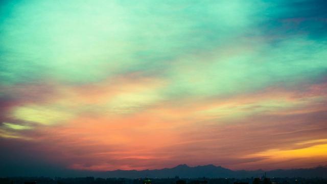 梦一般的炫彩天空美景