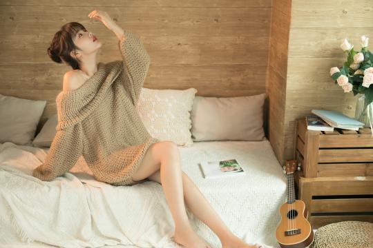 镂空网状针织衫女神性感写真