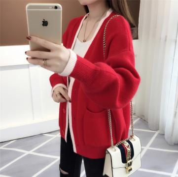 2018秋季新品时尚百搭复古红针织毛衣女装