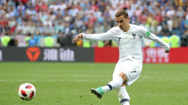 世界杯1/4决赛:乌拉圭0-2法国比赛集锦