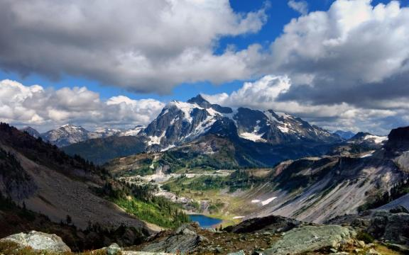唯美山脉自然风光