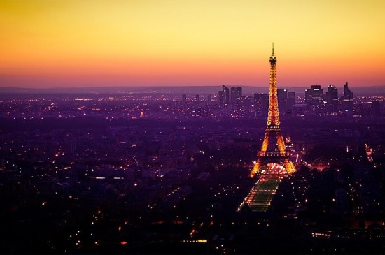 埃菲尔铁塔唯美夜景