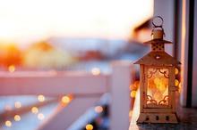 灯火阑珊处