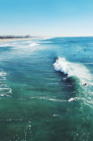 唯美好看的蓝色大海风景图片