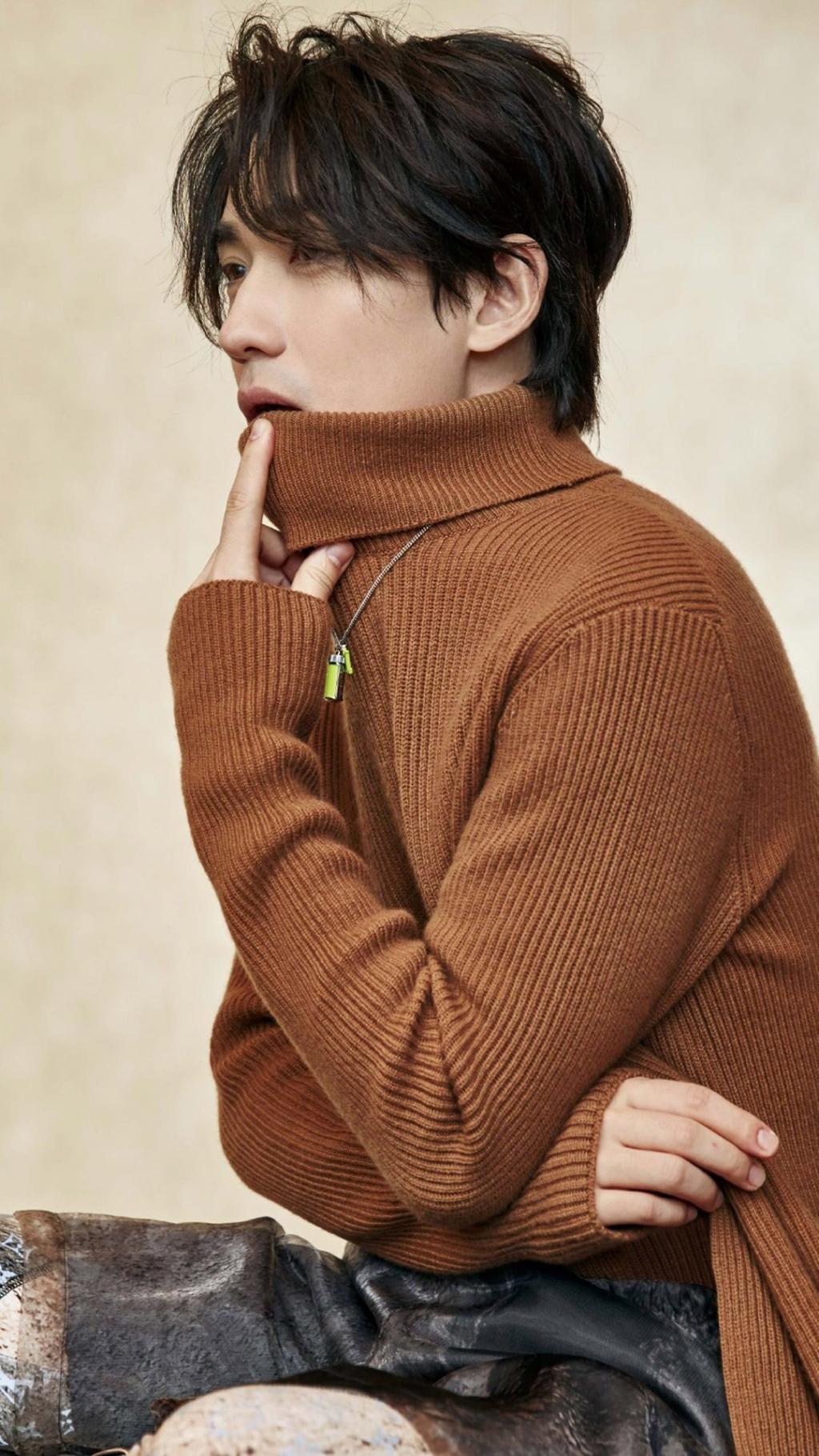朱一龙时尚帅气写真