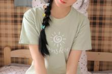 甜美氧气少女可爱俏皮迷人写真