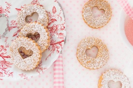 心形五谷饼干图片