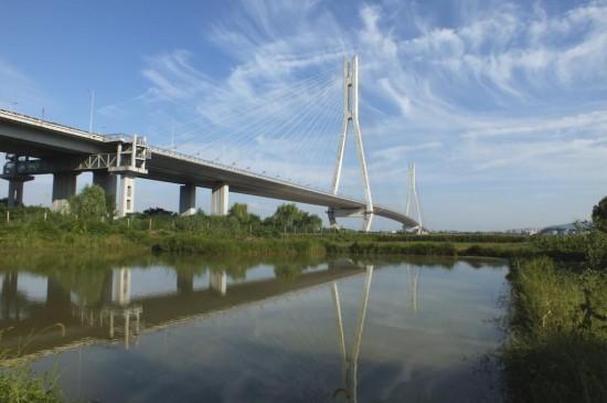 """南京长江大桥拥有""""争气桥""""之称"""