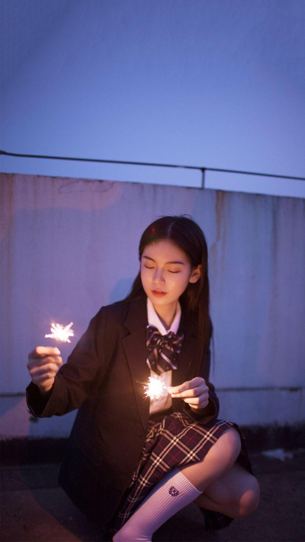 清纯美女JK制服白皙迷人写真